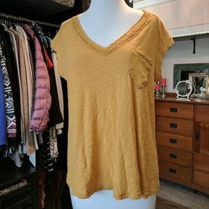 NEW 9-H15 STCL Maize V Neck Top Stitched